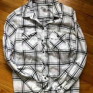 Croft & Barrow White/Black plaid button down